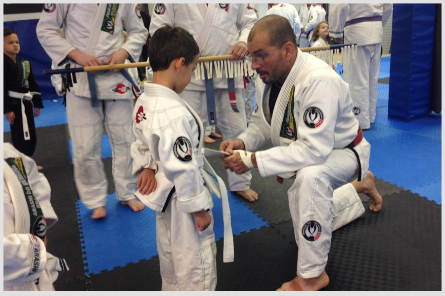 adultawardingkidbjj.jpg