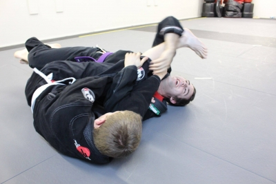 Renshi Ken on the mats with a student!